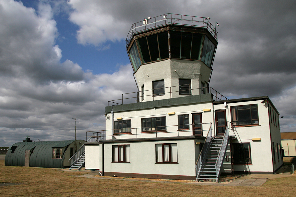 009Control tower and Nissen hut - Nick Challoner.JPG