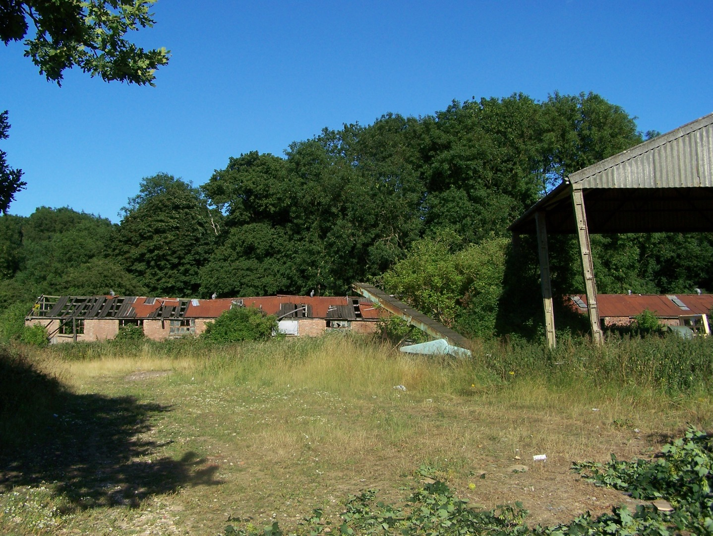 003Remaining WW1 buildings 15:07:2006.JPG