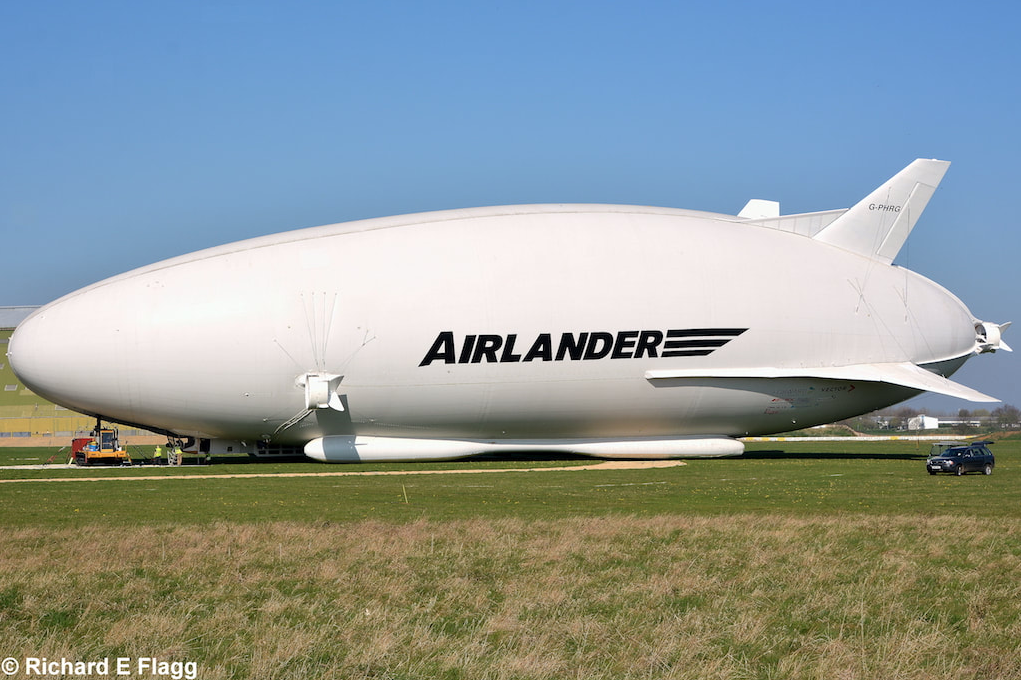 011Hybrid Air Vehicles Airlander 10 (G-PHRG : 09-00009) - 9 April 2017.png