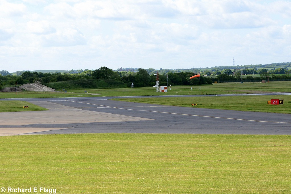004Taxiway B. Looking south east towards runway 05:23 - 6 June 2015.png