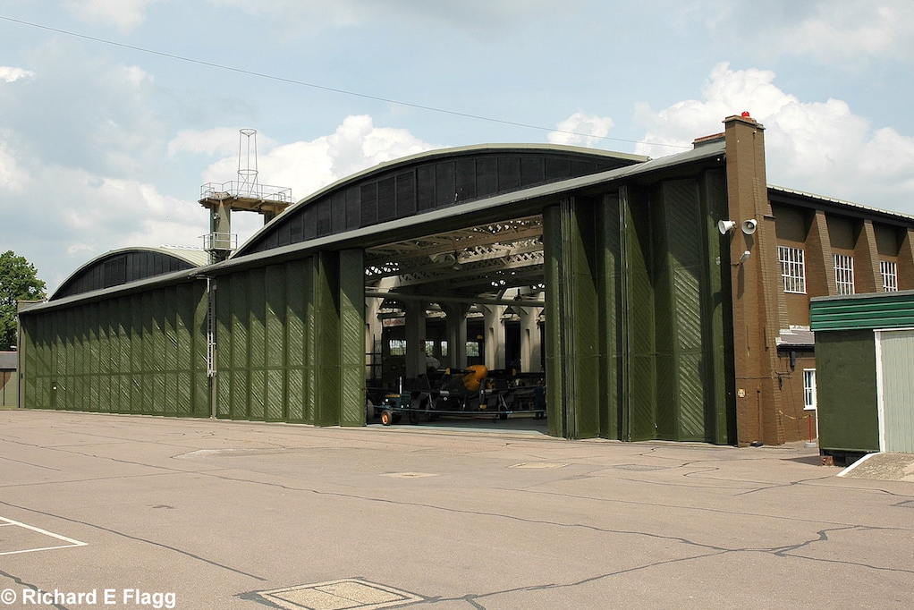 006Hangar : Coupled General Service Flight Shed (Building 84) - 24 May 2008.png