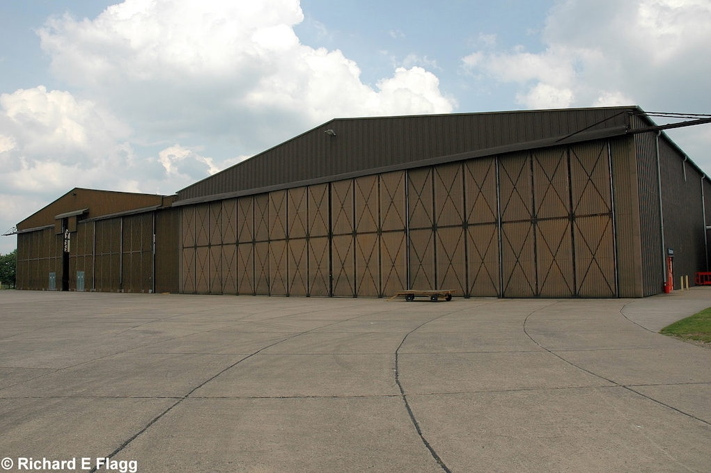 009Hangar : Coupled T2 Type Aircraft Shed - 24 May 2008.png