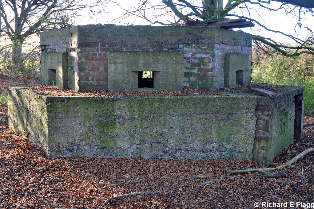 003Type 24 Pillbox - 30 November 2011.png
