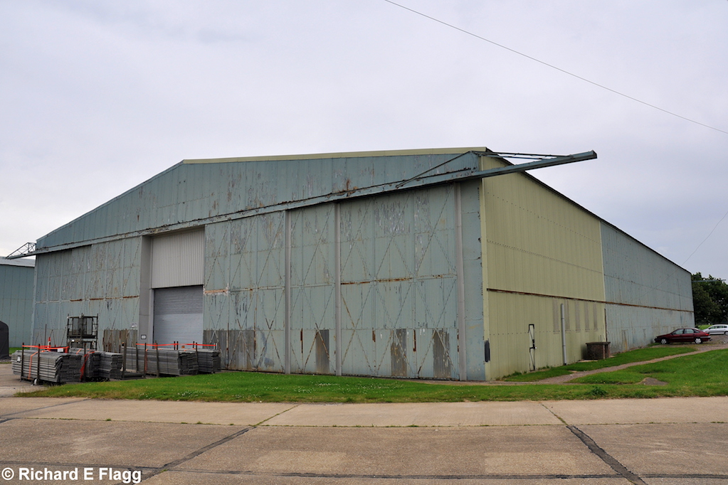 012Hangar : Type T2 Aircraft Shed - 1 August 2012.png