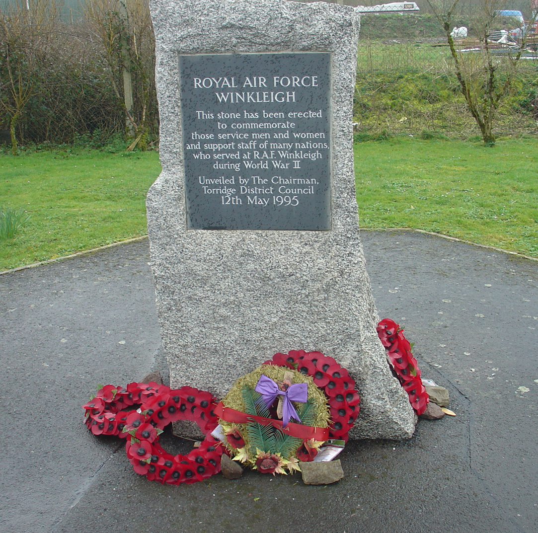 003Winkleigh Memorial. Detail.jpg