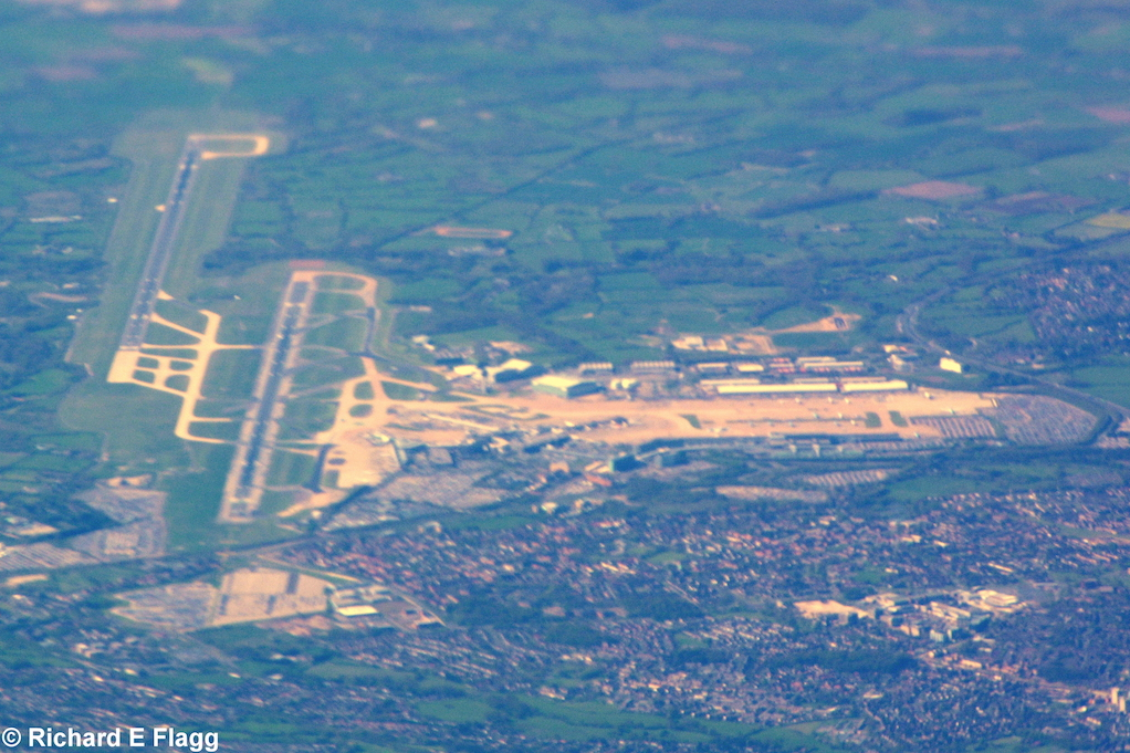 001Aerial View. Ring way : Manchester Airport - 26 April 2015.png