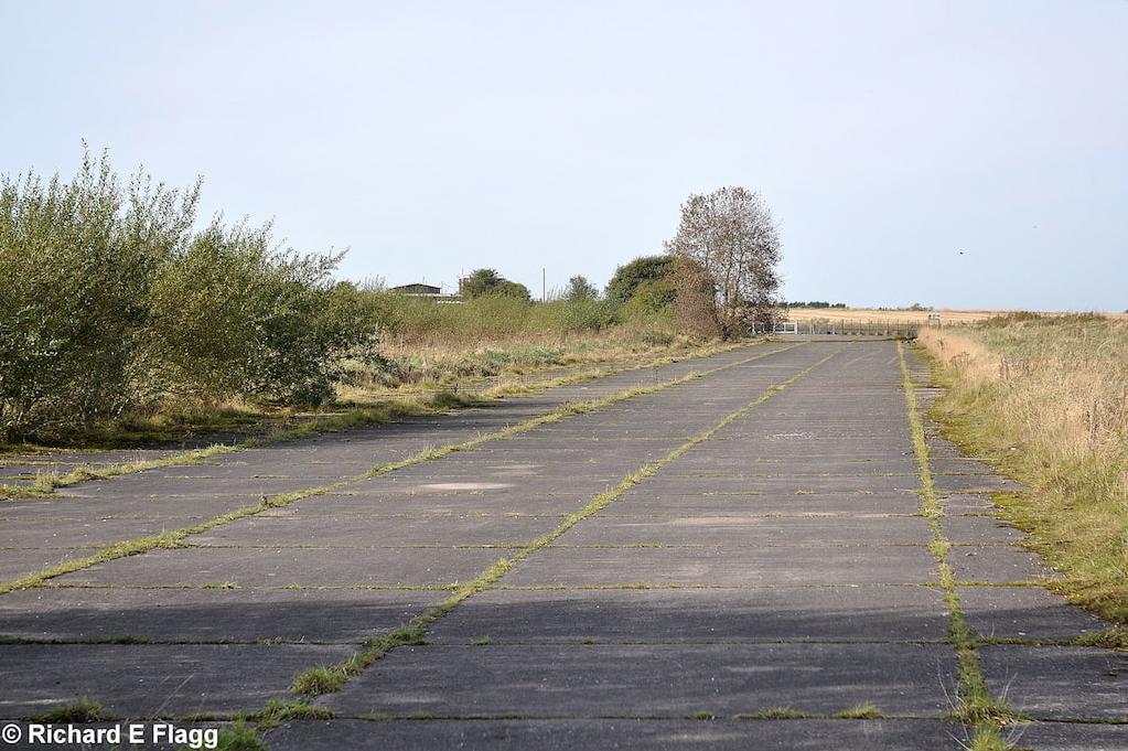 001Taxiway at the south of the airfield. Looking west from Crowley Lane - 7 October 2009.png