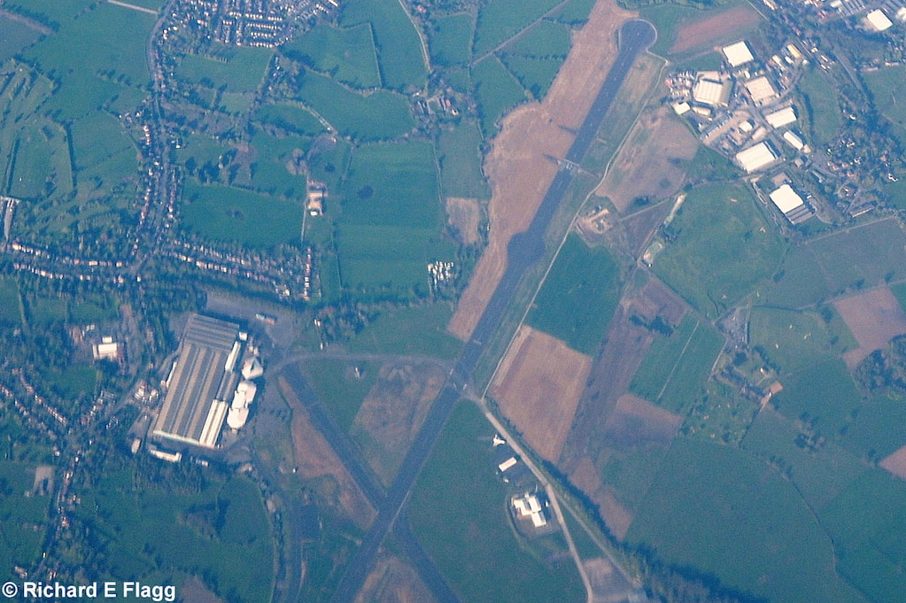 001Aerial View of Woodford Aerodrome - 18 April 2014.png
