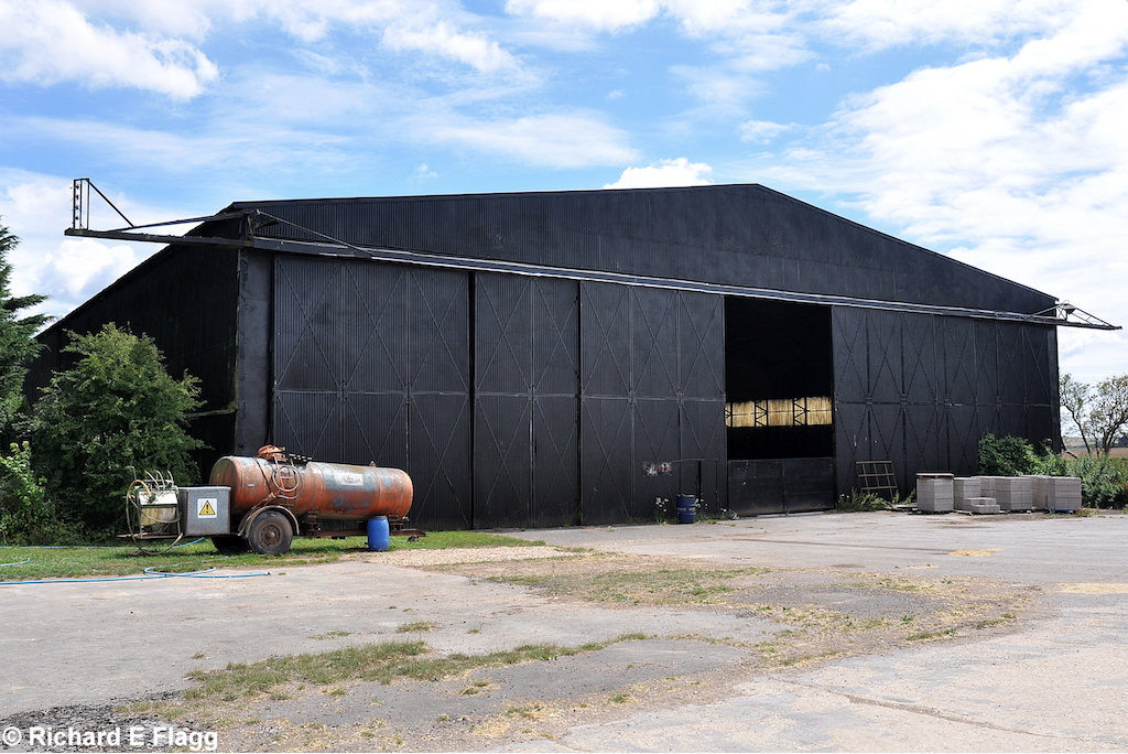 001T2 Type Aircraft Shed (Building 61)  - 24 July 2010.png