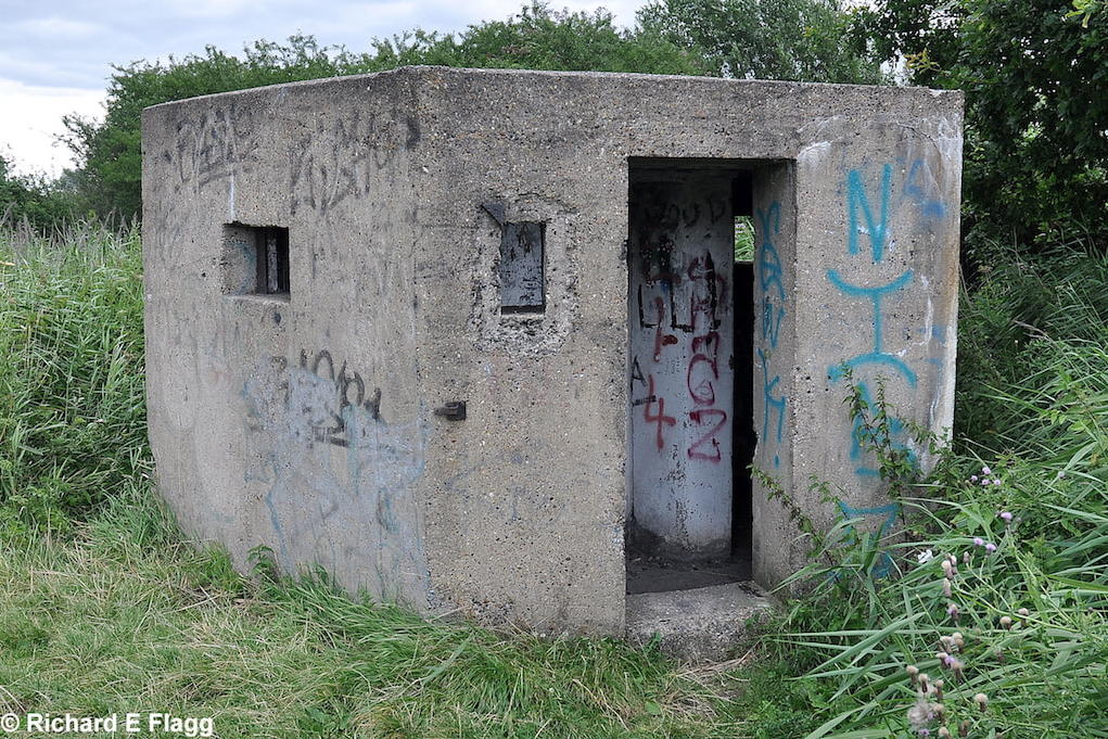 001Type 22 Pillbox - 29 July 2009.png