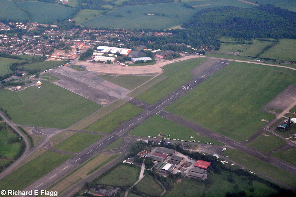 015Aerial View of North Weald Airfield - 9 June 2010.png