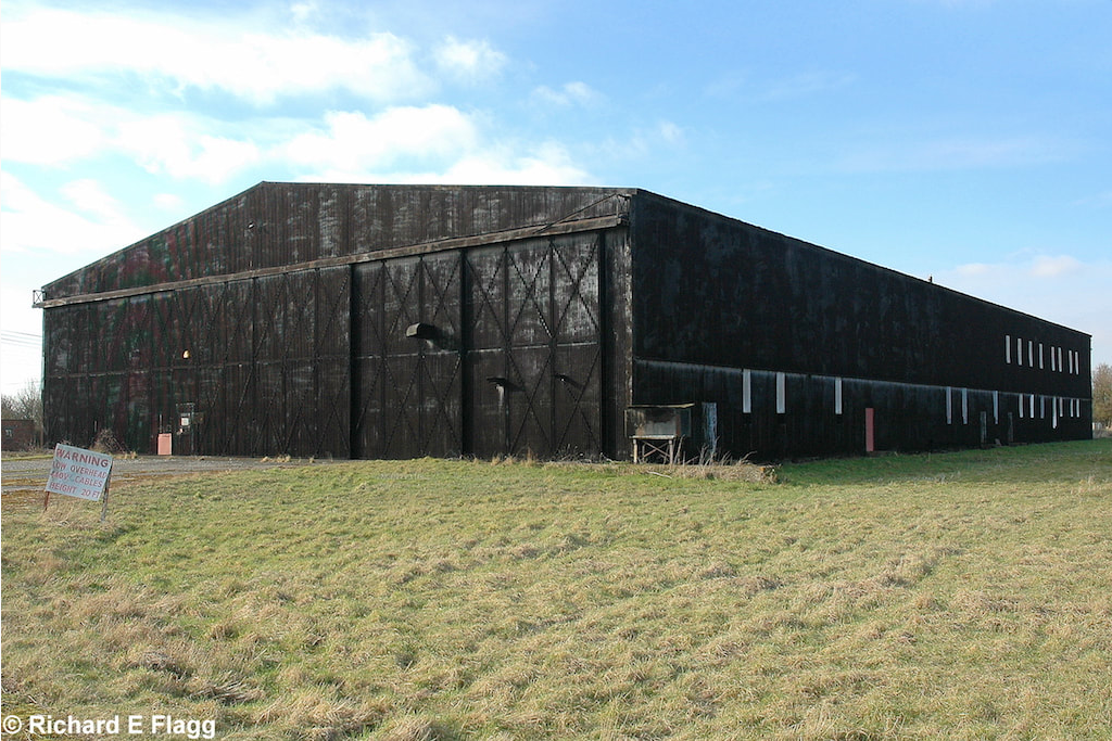 015Hangar : T2 Type Aircraft Shed - 21 February 2009.png