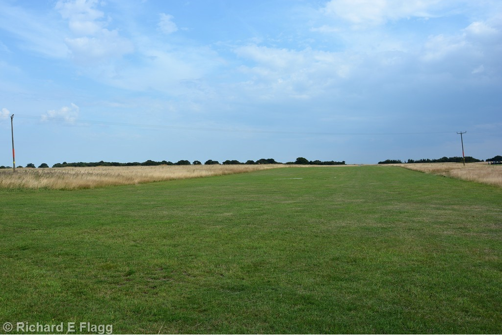 009Looking across the flying field - 26 July 2014.png