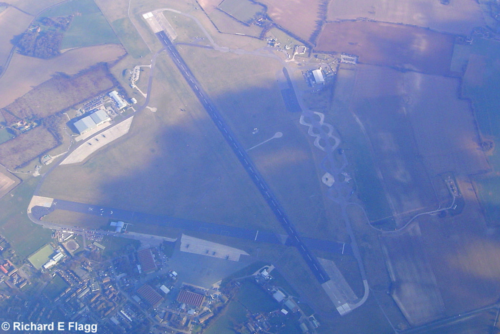 002Aerial View of RAF Odiham Airfield - 8 March 2004.png
