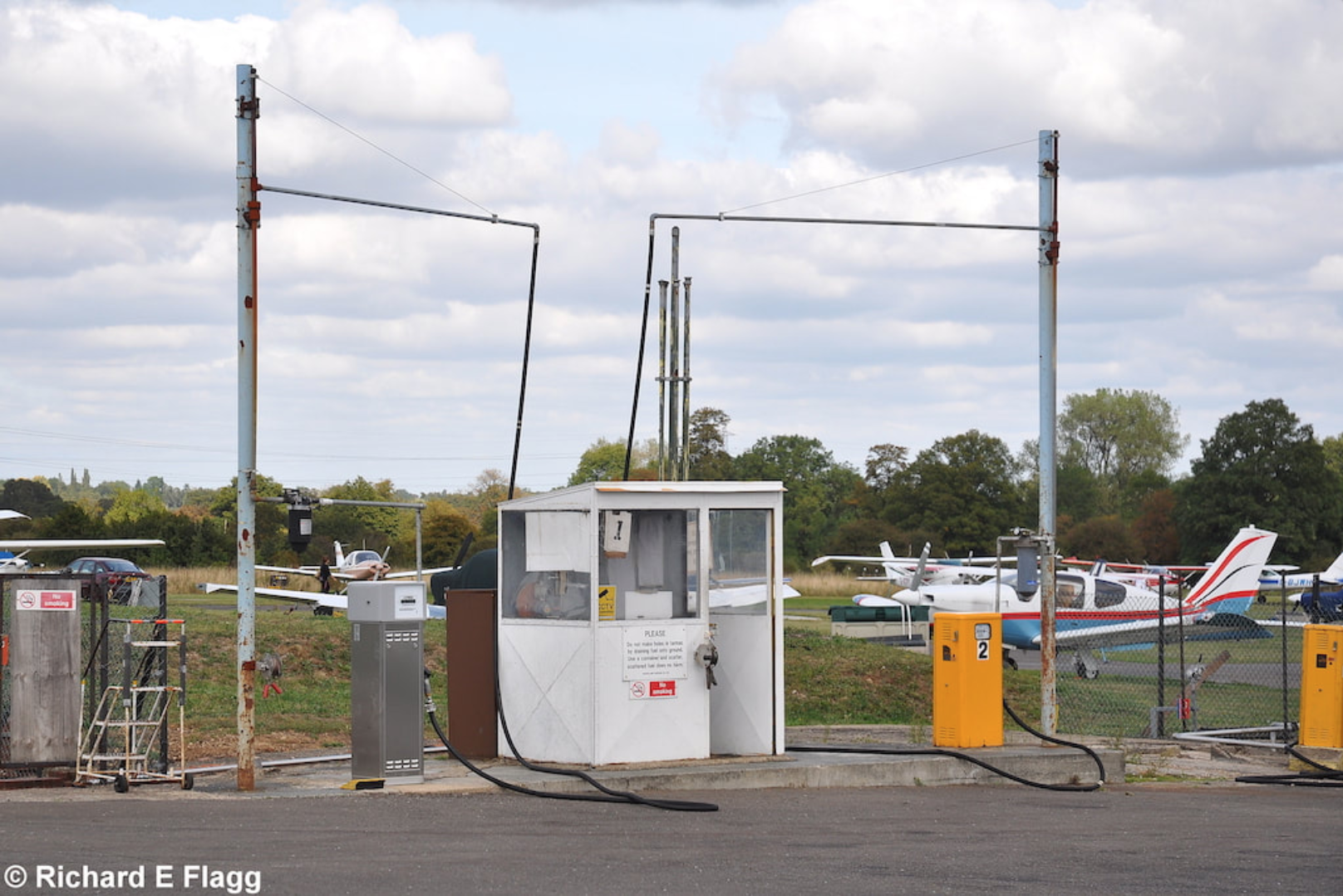 007Aviation Fuel Pumps - 11 September 2009.png