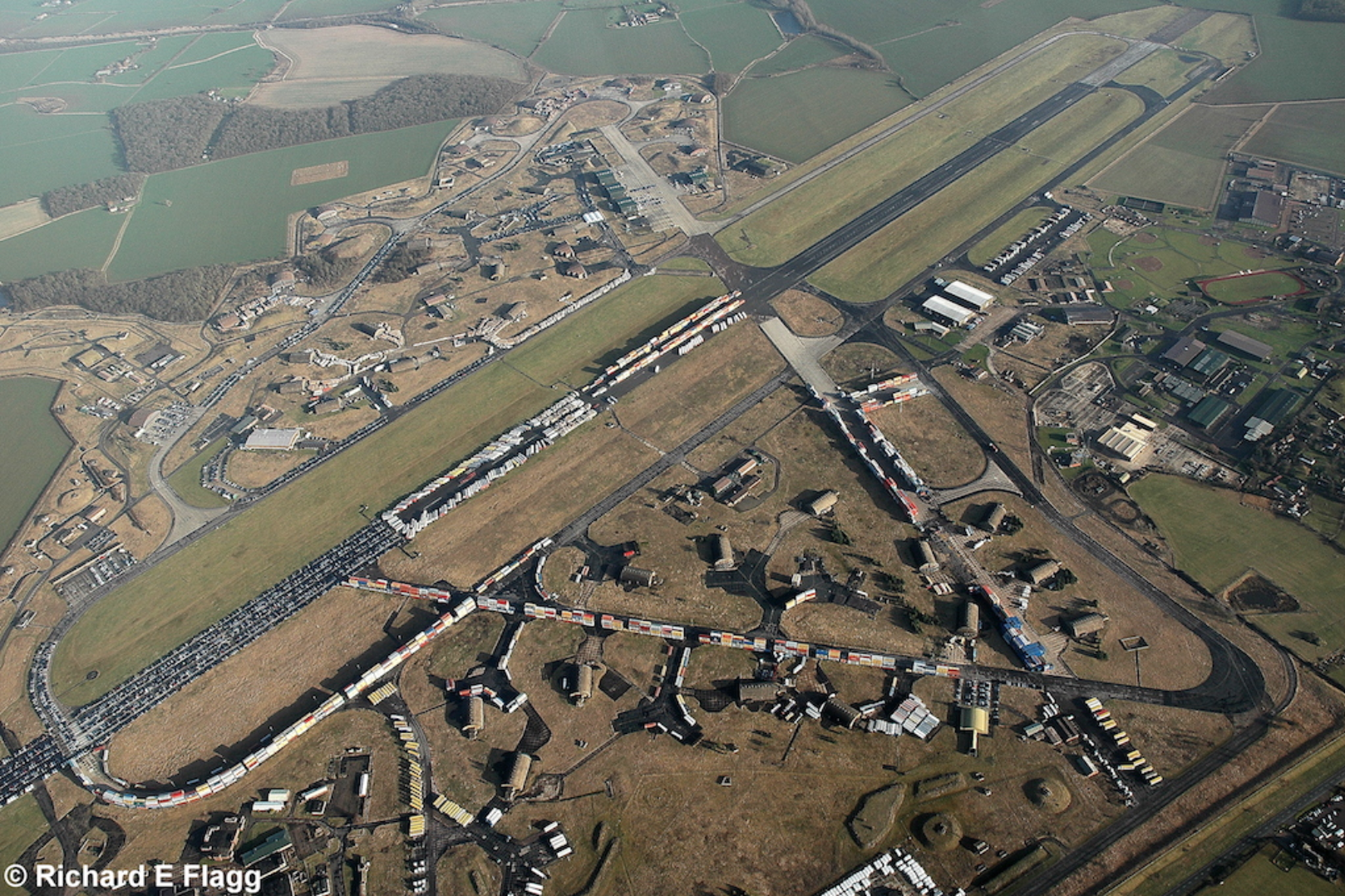 016Aerial View of RAF Alconbury - 5 January 2008.png