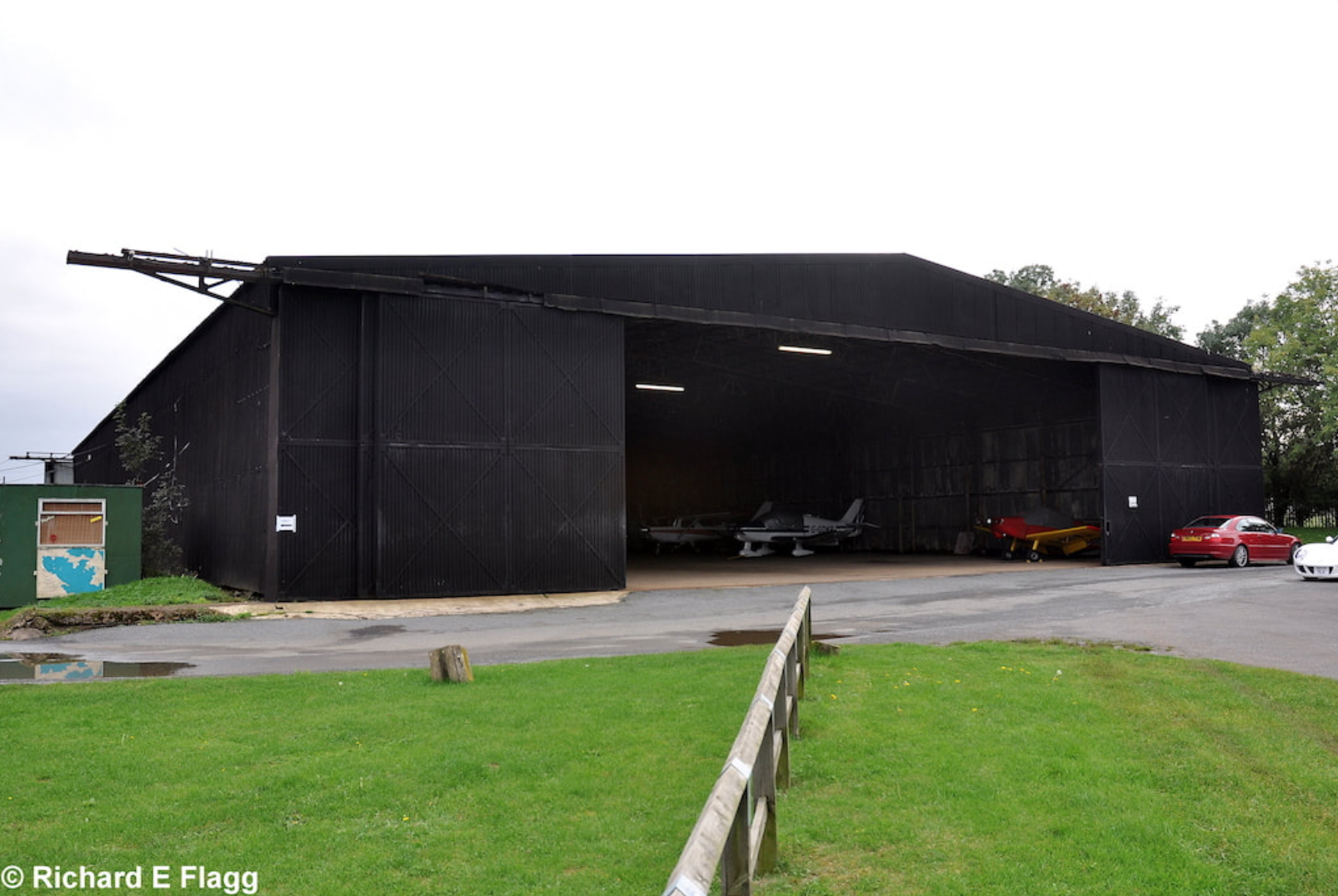 003Hangar : T2 Type Aircraft Shed - 5 October 2010.png