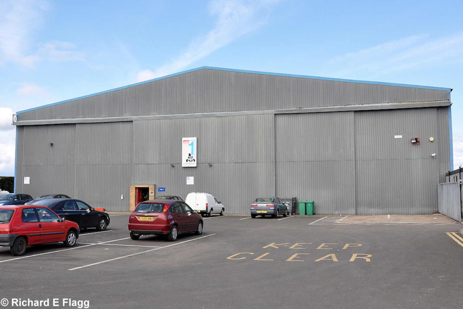 007Hangar : T2 Type Aircraft Shed - 28 March 2010.png