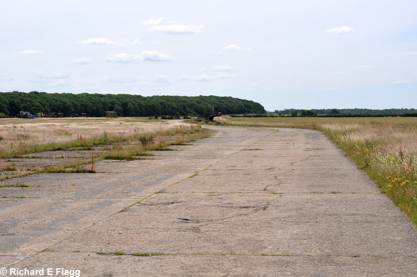 001Taxiway at the east of the airfield. Looking south 2 - 14 July 2011.png