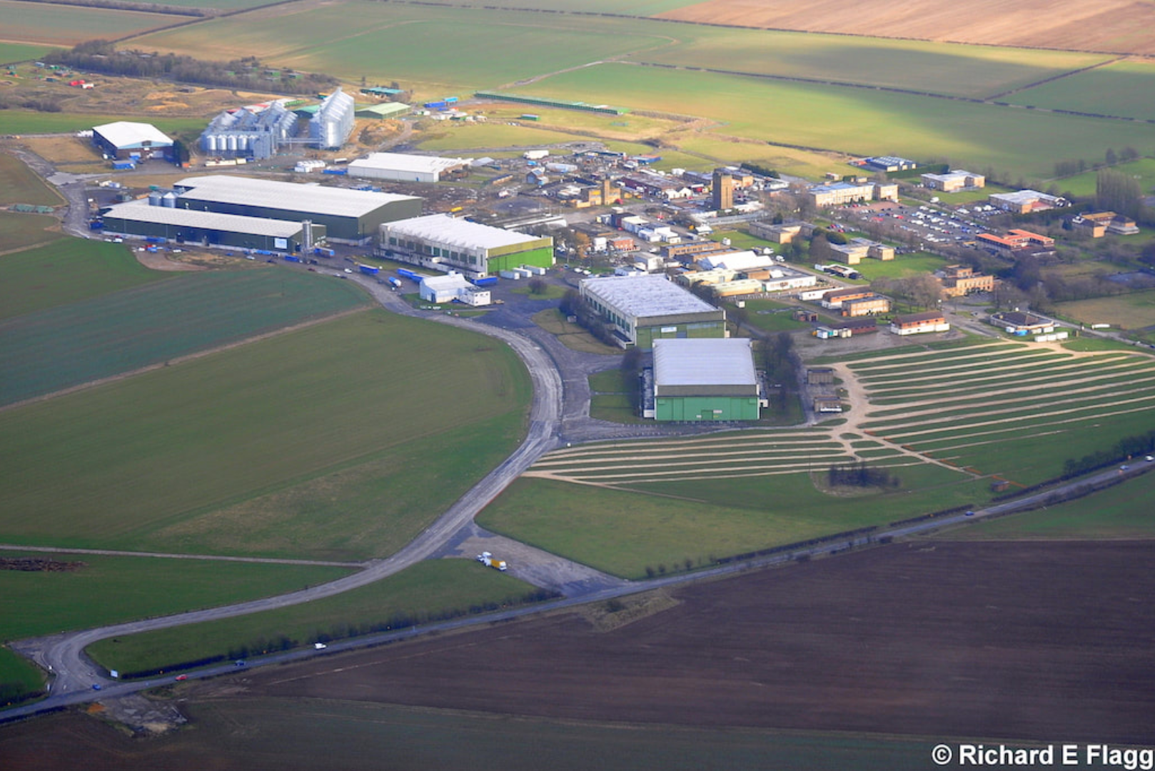 012Aerial View of RAF Hemswell Airfield - 12 February 2011.png