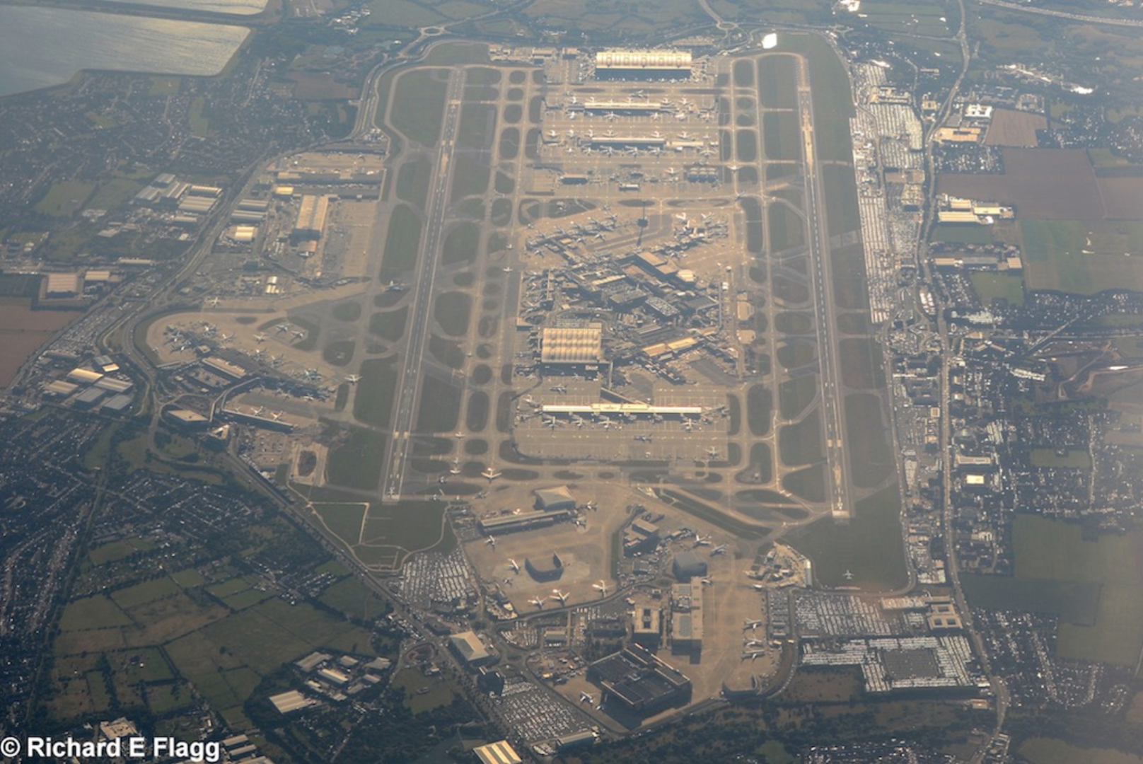 018Aerial View of Heathrow Airport - 23 July 2016.png