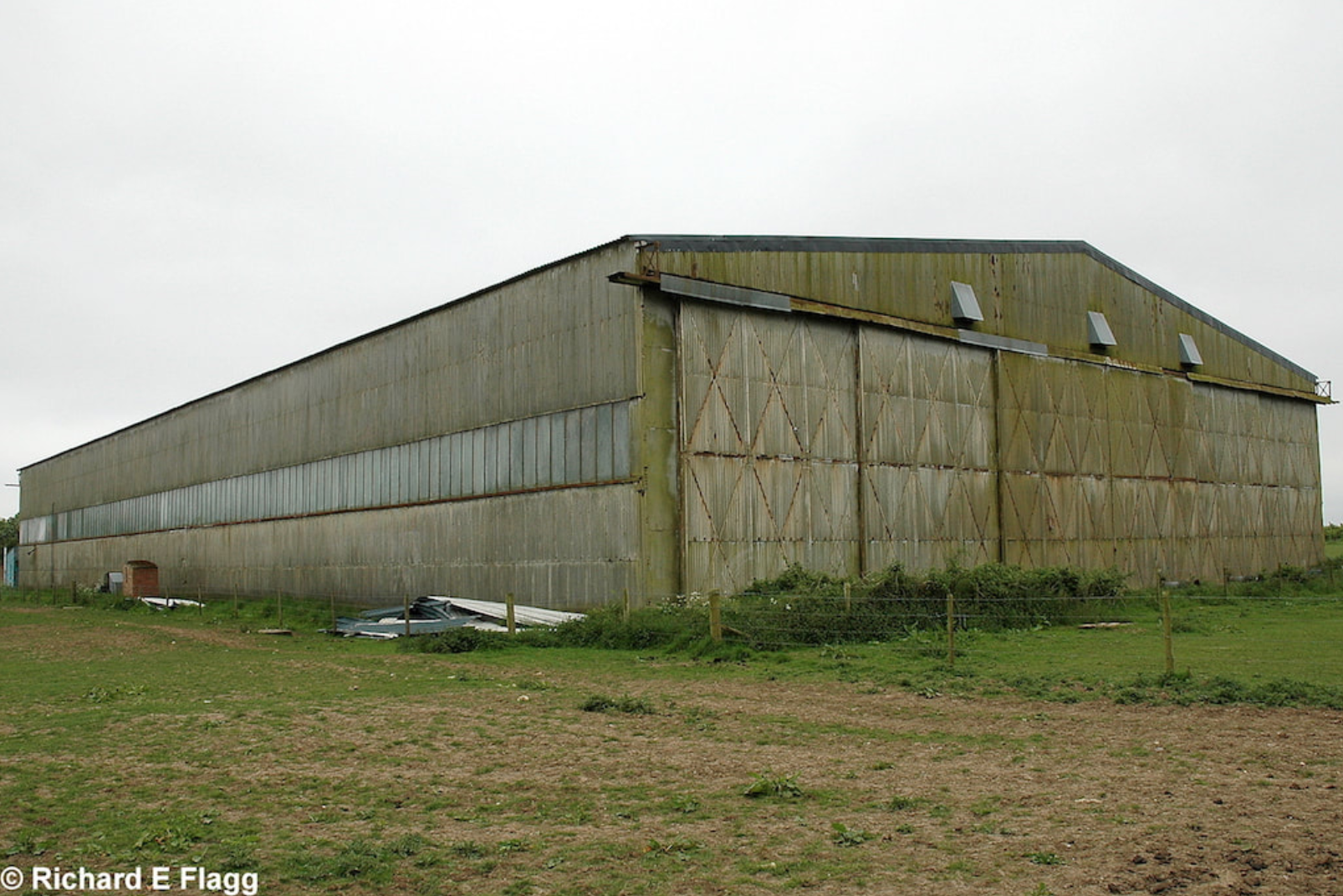 013T2 Type Aircraft Shed 2 - 25 May 2007.png