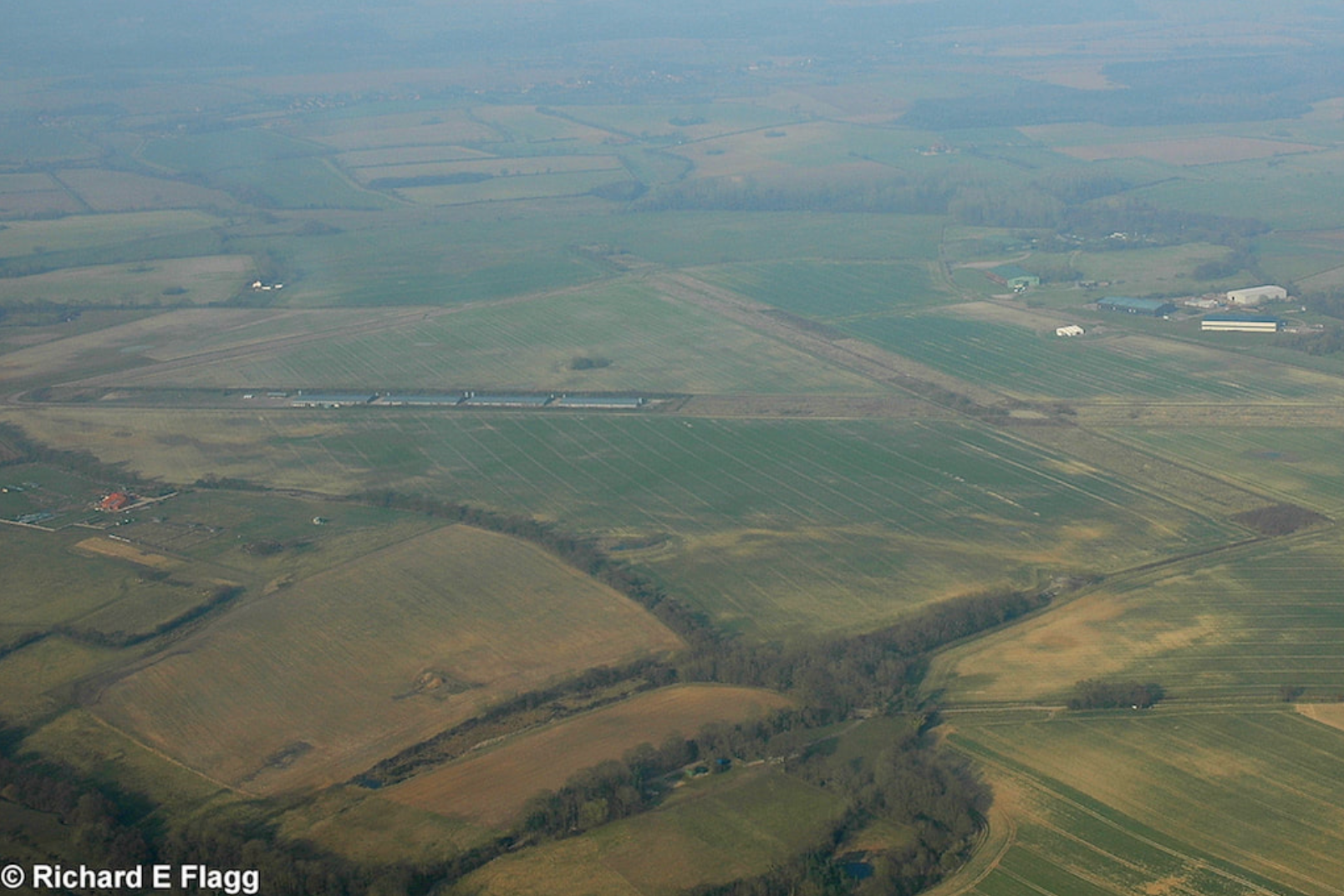 015Aerial View of RAF Foulsham Airfield - 21 March 2009.png