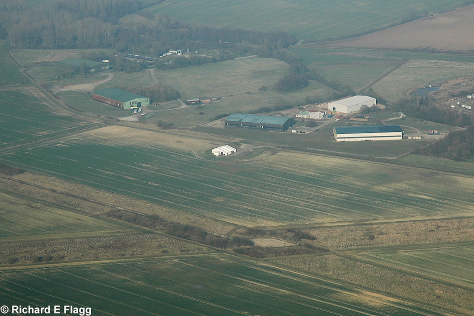 016Aerial View 2 of RAF Foulsham Airfield - 21 March 2009.png