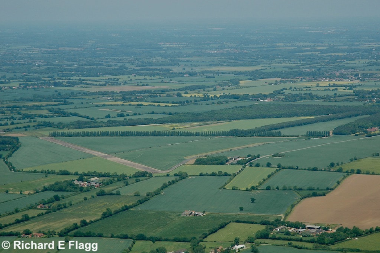 004Aerial View of RAF Hardwick Airfield - 31 May 2009.png